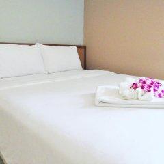Отель JL Bangkok 3* Улучшенный номер с различными типами кроватей фото 3