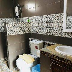 Отель Benwadee Resort 2* Коттедж с различными типами кроватей фото 12