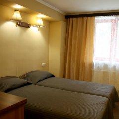 Гостиница Карина Стандартный номер с разными типами кроватей фото 4