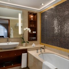 Grand Hotel Kempinski Vilnius 5* Номер Делюкс с различными типами кроватей фото 2