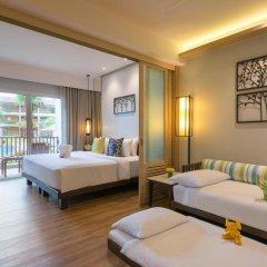 Отель Katathani Phuket Beach Resort 5* Номер Делюкс с двуспальной кроватью фото 8