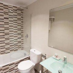 Отель Medicis Испания, Барселона - 8 отзывов об отеле, цены и фото номеров - забронировать отель Medicis онлайн ванная