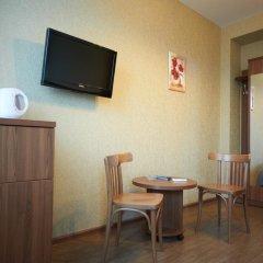 Мини-Отель Виват Стандартный номер с двуспальной кроватью фото 8