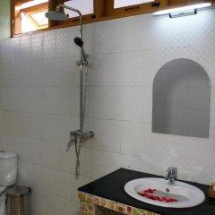Sandalwood Hotel ванная