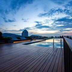 Отель The Deck Condo Patong Стандартный номер разные типы кроватей фото 16