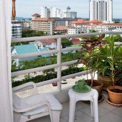 Отель Jomtien View Talay Studio Apartments Таиланд, Паттайя - отзывы, цены и фото номеров - забронировать отель Jomtien View Talay Studio Apartments онлайн балкон
