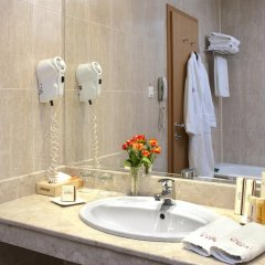 Best Western Plus hotel Expo 4* Улучшенный номер с различными типами кроватей фото 3