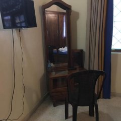 Отель Mahakumara White House Hotel Шри-Ланка, Калутара - отзывы, цены и фото номеров - забронировать отель Mahakumara White House Hotel онлайн удобства в номере фото 2