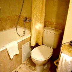 Гостиница Милан 4* Стандартный номер с 2 отдельными кроватями фото 11
