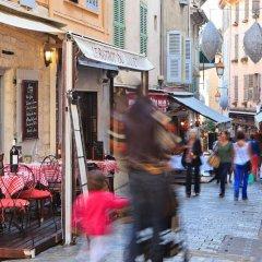 Отель The Originals des Orangers Cannes (ex Inter-Hotel) Франция, Канны - отзывы, цены и фото номеров - забронировать отель The Originals des Orangers Cannes (ex Inter-Hotel) онлайн гостиничный бар