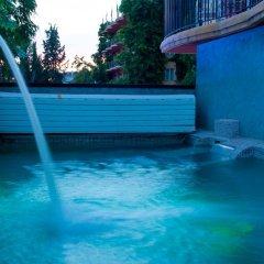 Los Angeles Hotel & Spa бассейн