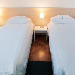 Отель Karavan Inn Стандартный номер с различными типами кроватей фото 4