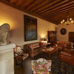 Отель Schloss Englar Аппиано-сулла-Страда-дель-Вино интерьер отеля фото 2
