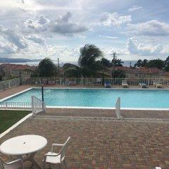 Отель Mango Walk Country Club Suites бассейн фото 2