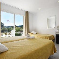Hotel Gabarda & Gil 2* Номер категории Премиум с различными типами кроватей фото 7