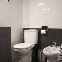 Отель Idyllic Apartment with Terrace Испания, Барселона - отзывы, цены и фото номеров - забронировать отель Idyllic Apartment with Terrace онлайн ванная