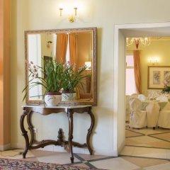 Отель Belvedere Италия, Вербания - отзывы, цены и фото номеров - забронировать отель Belvedere онлайн интерьер отеля