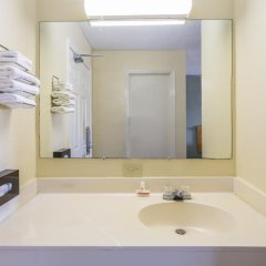 Отель Super 8 by Wyndham Manning 2* Стандартный номер с различными типами кроватей фото 5