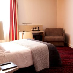 Отель Hôtel Le Richemont 3* Улучшенный номер с двуспальной кроватью фото 13