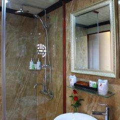 Отель Halong Phoenix Cruiser 4* Стандартный номер с различными типами кроватей фото 5