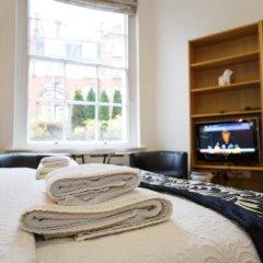 Апартаменты Studios 2 Let Serviced Apartments - Cartwright Gardens Студия с различными типами кроватей фото 49