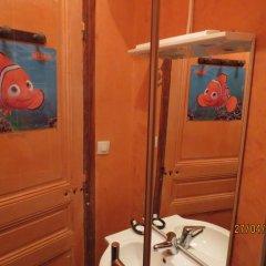Отель Chez Brigitte Guesthouse сейф в номере