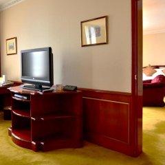 Отель The Tawana Bangkok удобства в номере фото 2