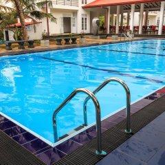 Hotel Water Nest бассейн