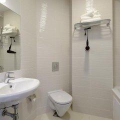 Гостиница Aterra Suite ванная