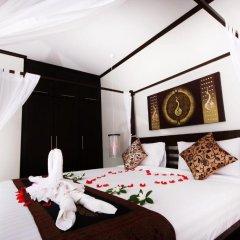 Отель Ban Thai Villa Пхукет сейф в номере