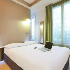 Отель Kyriad Paris 10 - Canal Saint Martin - République комната для гостей фото 3