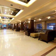 Гостиница Crowne Plaza Minsk интерьер отеля фото 2
