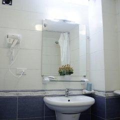 Blue Moon Hotel 2* Стандартный номер с различными типами кроватей фото 3