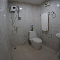 Отель TT Naiyang Beach Phuket ванная фото 2