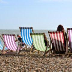 Отель Sea Fizz Великобритания, Брайтон - отзывы, цены и фото номеров - забронировать отель Sea Fizz онлайн пляж фото 2