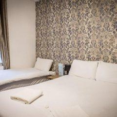 The Mitre Hotel 3* Стандартный семейный номер с двуспальной кроватью фото 5