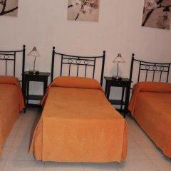 Отель Pension Catedral 2* Стандартный номер с различными типами кроватей фото 11