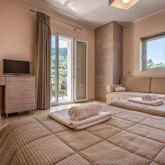 Hotel Varres 3* Стандартный семейный номер с двуспальной кроватью фото 3