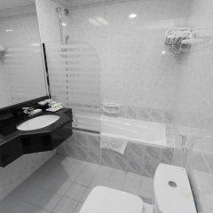 Comfort Inn Hotel 3* Улучшенный номер с различными типами кроватей фото 5