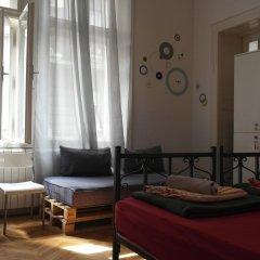 Time Hostel Кровать в общем номере с двухъярусной кроватью фото 10