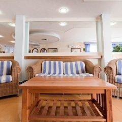 Отель Apartamentos Lux Mar Испания, Ивиса - отзывы, цены и фото номеров - забронировать отель Apartamentos Lux Mar онлайн комната для гостей фото 4
