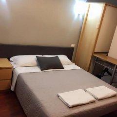 Отель Overseas Guest House Стандартный номер с двуспальной кроватью фото 4