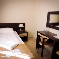 Гостиница Inn Ordzhonikidze 8а Стандартный номер с двуспальной кроватью фото 3