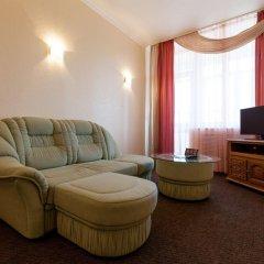 Гостиница ИжОтель 3* Улучшенный номер двуспальная кровать фото 2