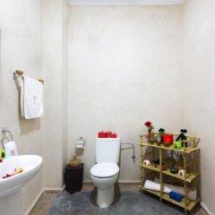 Отель Riad Dar Benbrahim 2* Люкс с различными типами кроватей
