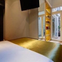 Отель Hôtel Elixir 3* Улучшенный номер с различными типами кроватей