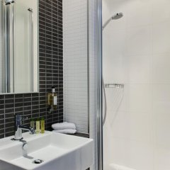 DoubleTree by Hilton Hotel Amsterdam Centraal Station 4* Стандартный номер с двуспальной кроватью фото 3
