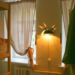 Хостел Пара Тапок на Маяковской Кровать в общем номере с двухъярусной кроватью фото 14