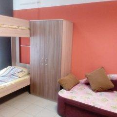 Гостиница Хостел Camin в Перми 2 отзыва об отеле, цены и фото номеров - забронировать гостиницу Хостел Camin онлайн Пермь комната для гостей