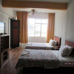 Hotel Nueva Galicia 3* Номер Делюкс с различными типами кроватей